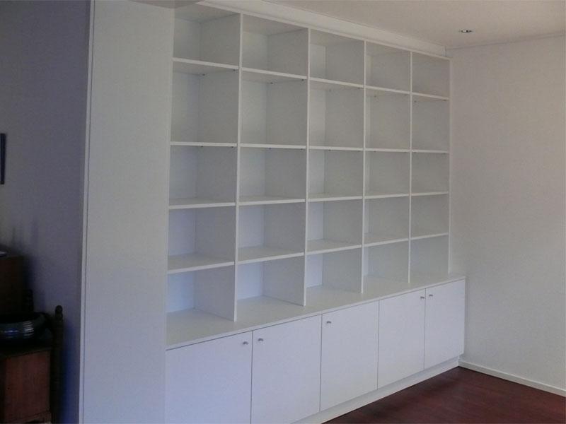 bibliotheekast modern met deuren