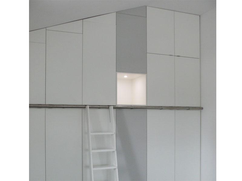 Slaapkamer Wandkasten: Ikea hack een chique ingebouwde kast roomed ...