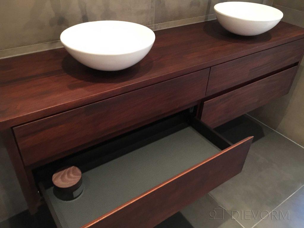 badkamermeubel mahonie op maat