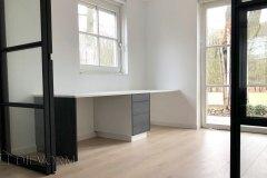 Bureau-Velp-Strak-Stoer-Design-Wit-Grijs-Minimalistisch