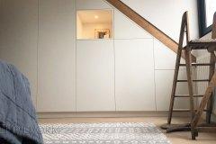 Zolder-Kamer-Kast-Inbouwkast-Onder-Schuin-Dak-Kap-Schuine-Wand-Trap-Bed-Baarn